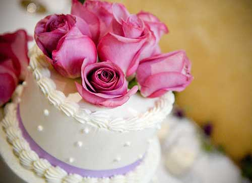 Beautiful Wedding Cake from Chapel of the Flowers
