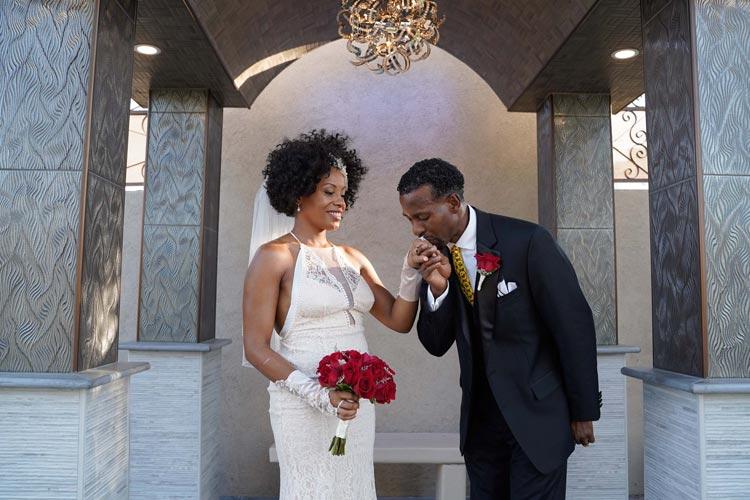 Wedding Of Flowers Las Vegas : La capella wedding chapel las vegas of the flowers