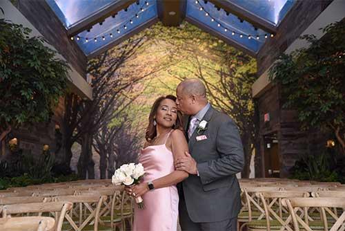 Little chapel of the flowers vow renewal best flower 2017 7 ways to have a dream wedding in las vegas mightylinksfo