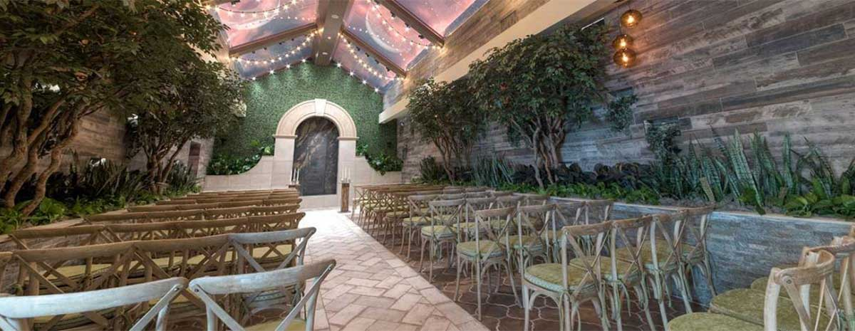 Glass Gardens Wedding Chapel In Las Vegas Chapel Of The Flowers