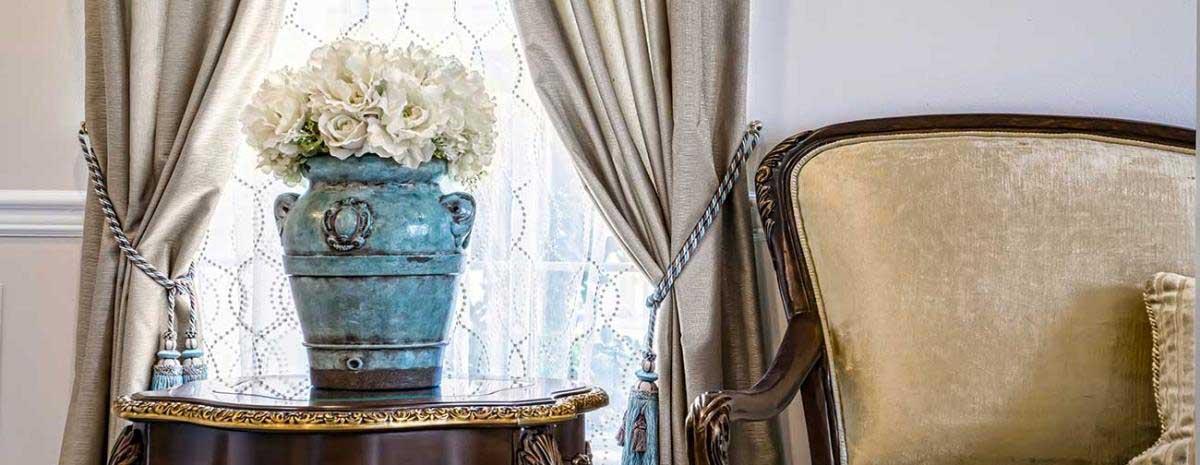 Chapel of the Flowers Discount Offer: Regal Las Vegas Wedding Package